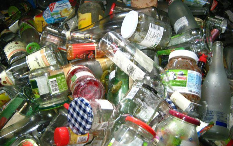 Zbieranie odpadów wymaga przestrzegania przepisów sanitarnych