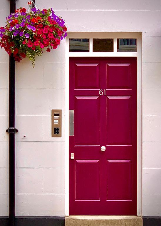 Czy nie irytują was stare skrzypiące drzwi?
